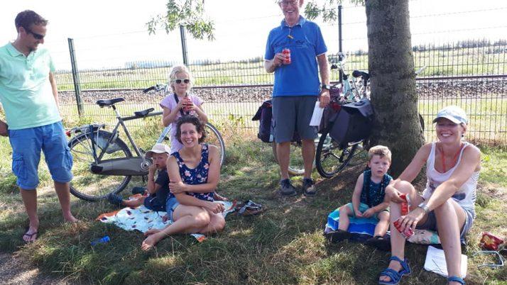 Leuk om te zien dat jong en oud meefiets met Woutjebrugge